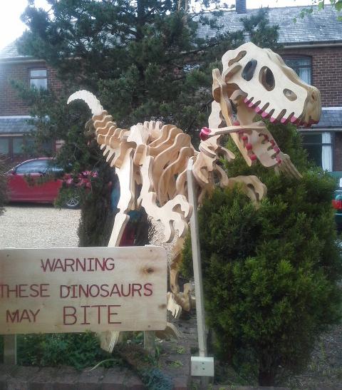 Gigantic Dinosaurs